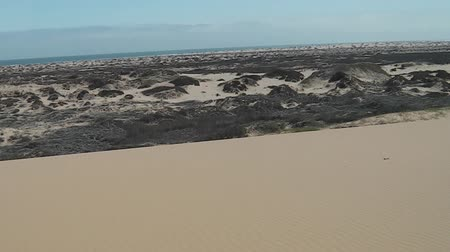 namibya : first person view on dunes of Sandwich Harbour, Walvis Bay, Its a part of the Namib Naukluft Park Namibia. Wild and remote area accessible only by off-road cars. Stok Video