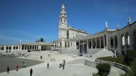 marian : Fatima, Portugal - August 15, 2017: Tourists, faithful and pilgrims in the square of the Sanctuary of Fatima in Portugal for the 100th anniversary of the apparitions of the Virgin Mary.