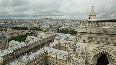 parisli : 180 degrees skyline aerial view of Paris in France with the Senna river and Sacre-Coeur Basilica of Montmartre, from top of the church Notre Dame of Paris, France.