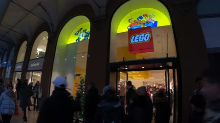 lego : BOLOGNA, ITALY- DECEMBER 6, 2018: window outside the LEGO bricks store of Bologna, Lego bricks, In Via Indipendenza street.