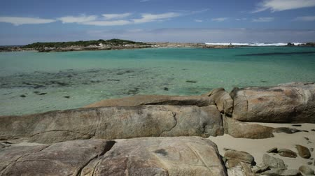 william : William Bay National Park, Denmark, Western Australia. Tropical landscape of turquoise waters of Madfish Beach surrounded by rock formations. Sunny blue sky. Popular summer destination in Australia.