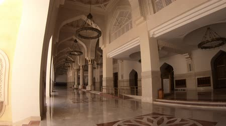 grand mosque : Doha, Qatar - February 21, 2019: inside of Imam Abdul Wahhab Mosque with decorated marble. State Qatar Grand Mosque in Middle East, Arabian Peninsula. The Grand Mosque is located in West Bay.