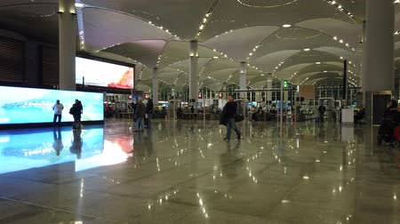 török : Istanbul, Turkey - May 7, 2019: check in entrance of Istanbul Airport. The Istanbul Yeni Havalimani airport is hub of Turkish Airlines. Annual passenger capacity of 90 millions