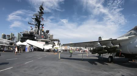 velitel : San Diego, Navy Pier, California, USA - August 1, 2018: war jet plane on the USS Midway Cold War battleship at San Diego. It was the longest-serving aircraft carrier of United States.