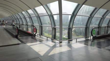 drágakő : Singapore - Aug 8, 2019: Jewel glassed Dome and Control Tower from moving sidewalk inside Jewel Changi International Airport terminal 3 opened in April 2019.