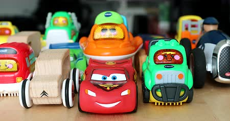 por que : Menton, France - December 10, 2018: The Various Aligned Toy Cars For Children. Funny Multicolor Plastic Toy Cars For Babies With Lights. VTech Go! Go! Smart Cars Cars, Disney Cars, Cars Cars - DCi 4K Resolution