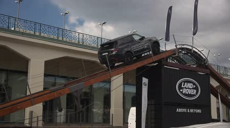 melez : Range Rover presented in motorshow