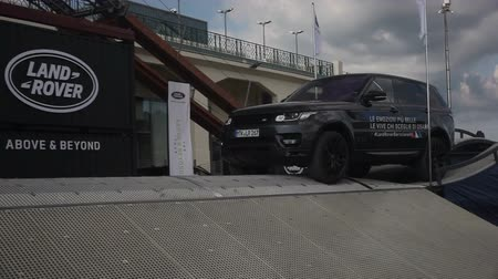 Range Rover presented in motorshow