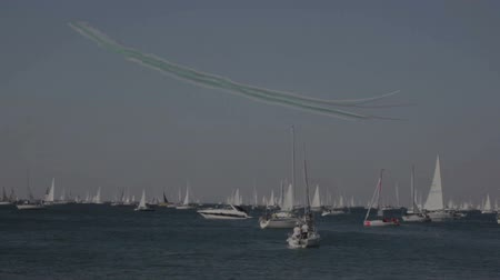 üç renkli : TRIESTE, ITALY - 12 OCTOBER 2018: Italian Tricolor Arrows during the 50 Barcolana on 12 October, 2018
