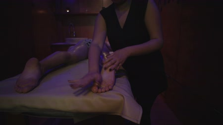 acalmar : Working hands masseuse