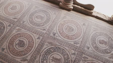 villa historisch : PIAZZA ARMERINA, ITALY - APRIL, 24: Mosaics of the Roman Villa at the Casale, large and elaborate Roman villa designated as a UNESCO World Heritage Sites on April 24, 2019