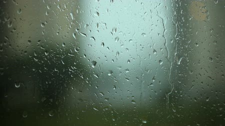 pencere : Rain drops on the Window glass