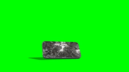 celular : smartphone falls down crash and crack - green screen