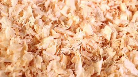pet bedding made from softwood shavings. Absorbent and odour-binding, made from spruce and fir wood