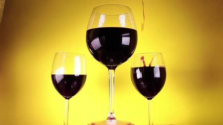 mbps : Red wine glass glasses yellow background
