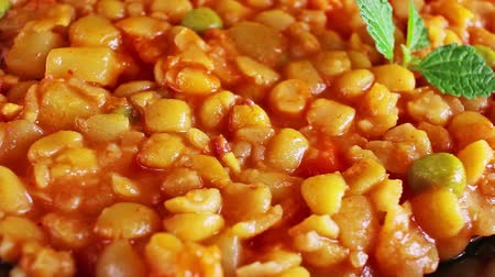gif : Yellow pea stew stewed split peas