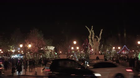 yunan : Thessaloniki, Greece Christmas decorations at Aristotelous square. Night view of festive instalments at the northern part of main city square.