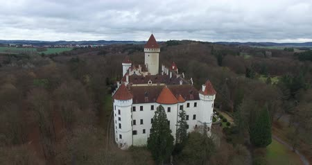 saray : Aerial view of Konopiste Castle, Czech Republic