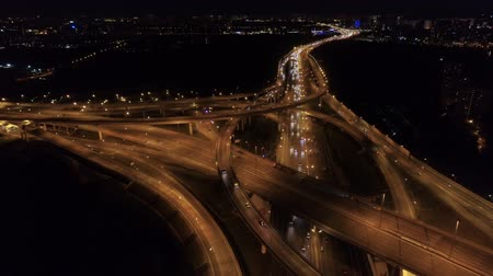 csomópont : aerial view of the road junction in Moscow at night