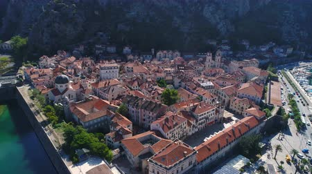 адриатический : Aerial view of old town Kotor, Montenegro Стоковые видеозаписи