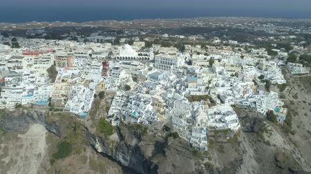 Санторини : Aerial view of famous Greek resort Thira. Стоковые видеозаписи