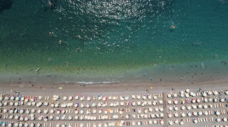 日傘 : aerial view to the Kamenovo beach near the town of Budva