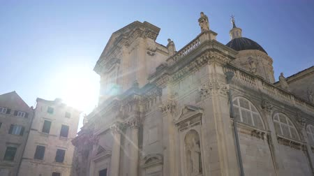 キューポラ : Cathedral of Assumption of Virgin Mary or Dubrovnik Cathedral, a Roman Catholic cathedral and the seat of the Diocese of Dubrovnik 動画素材