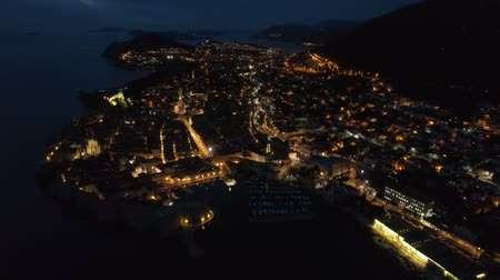 bastião : view of the old Dubrovnik from the air at dusk.