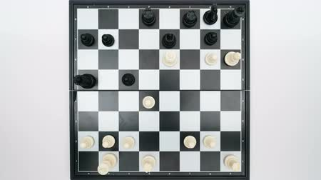 porażka : chess game top view Wideo