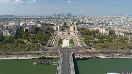 eiffel : Aerial view over Trocadero timelapse with the Palais de Chaillot in Paris, France.