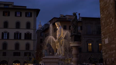palazzo : The Fountain of Neptune is a fountain in Florence, Italy Palazzo Vecchio slow motion Stock Footage