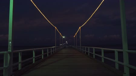 senki : Urangan pier by night in Queensland, Australia