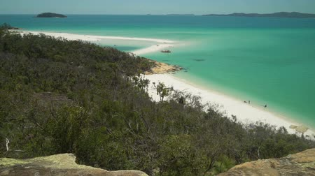 senki : Whitehaven beach in the Whitsundays, Queensland, Australia