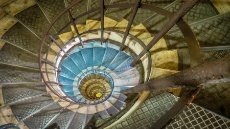 helezon : Spiral staircase inside Arc de Triomphe in Paris, zoom in