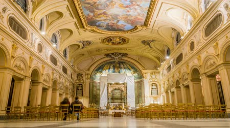 bina : Interior of Santa Cecilia church in Rome in Italy, zoom in Stok Video