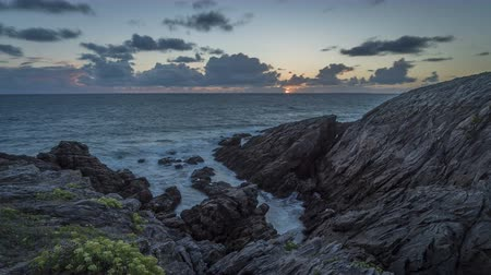 bretagne : Timelapse of Quiberon, rocky coast and sunset in the summer in Brittany, France