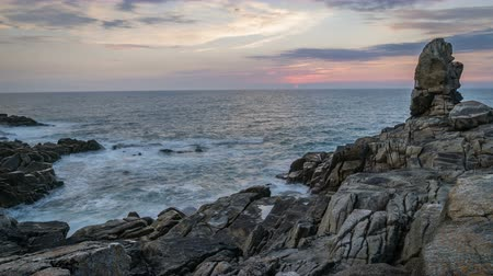 bretagne : Timelapse of the sunset and ocean in Brittany, Finistere department, France