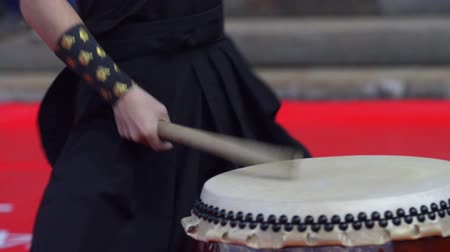 taiko drums : Japanese artist playing on traditional taiko drums Stock Footage