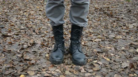 divadelní : mens military boots close, hd stock footage