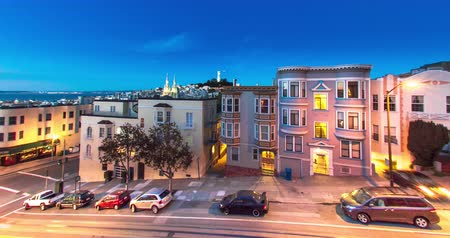 секунды : North Beach, San Francisco. A spectacular Dusk-to-night time lapse.
