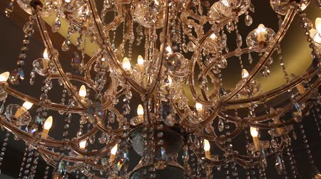 żyrandol : Crystal Chandelier. Luxury crystals of a classic chandelier close up Wideo