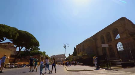 империя : Promenade on Imperial Forums in Rome FDV (slow motion)