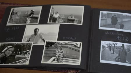 szépia : Slow overview of vintage photos with family FDV