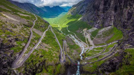 alpy : 4k Timelapse, Trollstigen serpentine mountain road, Norway