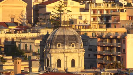 Сицилия : MESSINA, ITALY - NOVEMBER 06, 2018 - Panoramic view of the city and the Temple Christ the King in Sicily in 4k Стоковые видеозаписи
