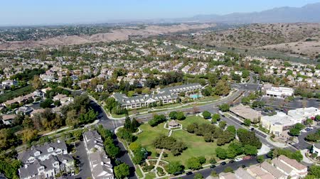 desenvolvimento : Aerial view of Town Green little park in Ladera Ranch, South Orange County, California. Large-scale residential neighborhood with small park