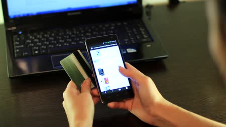 shopping online : Shopping online su smartphone
