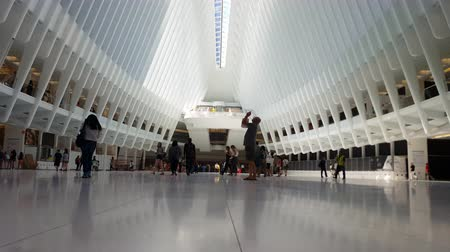 centrum : Time Lapse Commuters at World Trade Center Station 4K