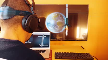 roket : Young Man using Virtual Reality Headset 4k