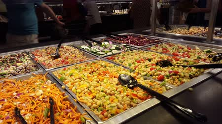 bezelye : Fresh Food at Salad Bar 4K